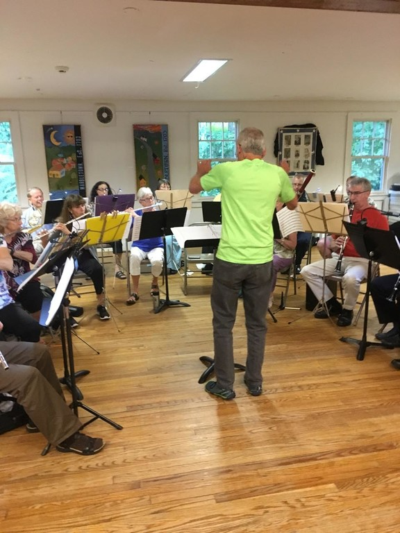 Norman Baron of Olivebridge conducts Summer Winds