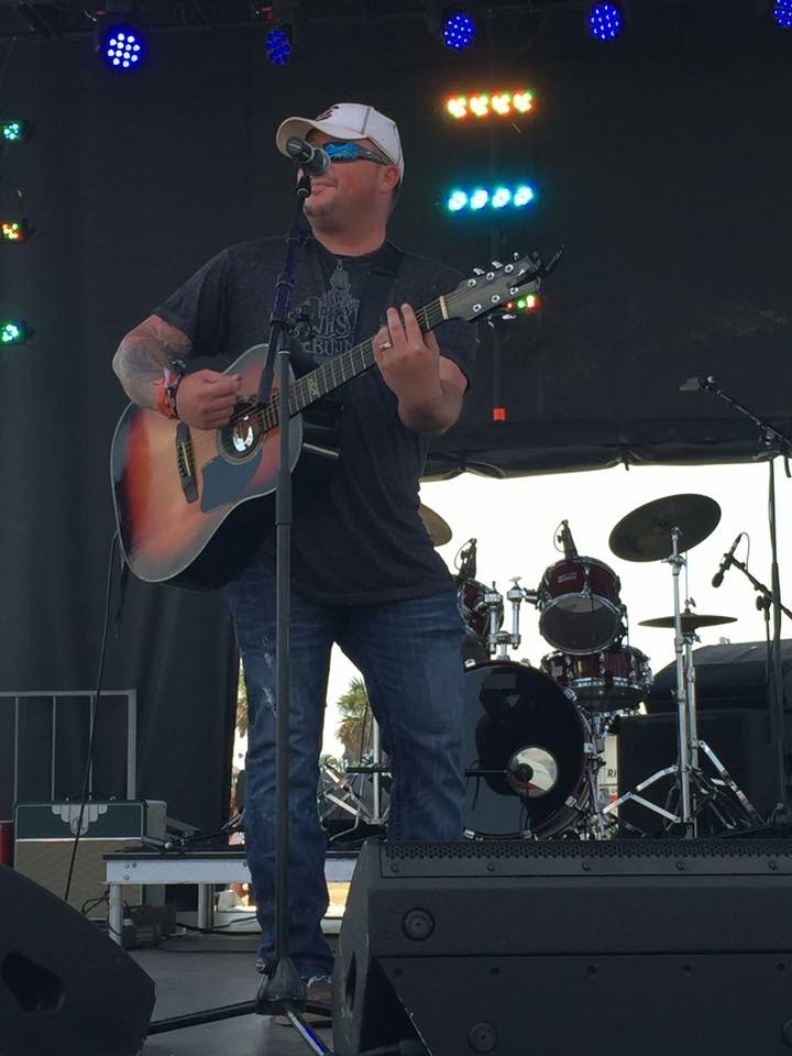 Country singer and Manning native Shawn Bilton performs at an event recently.