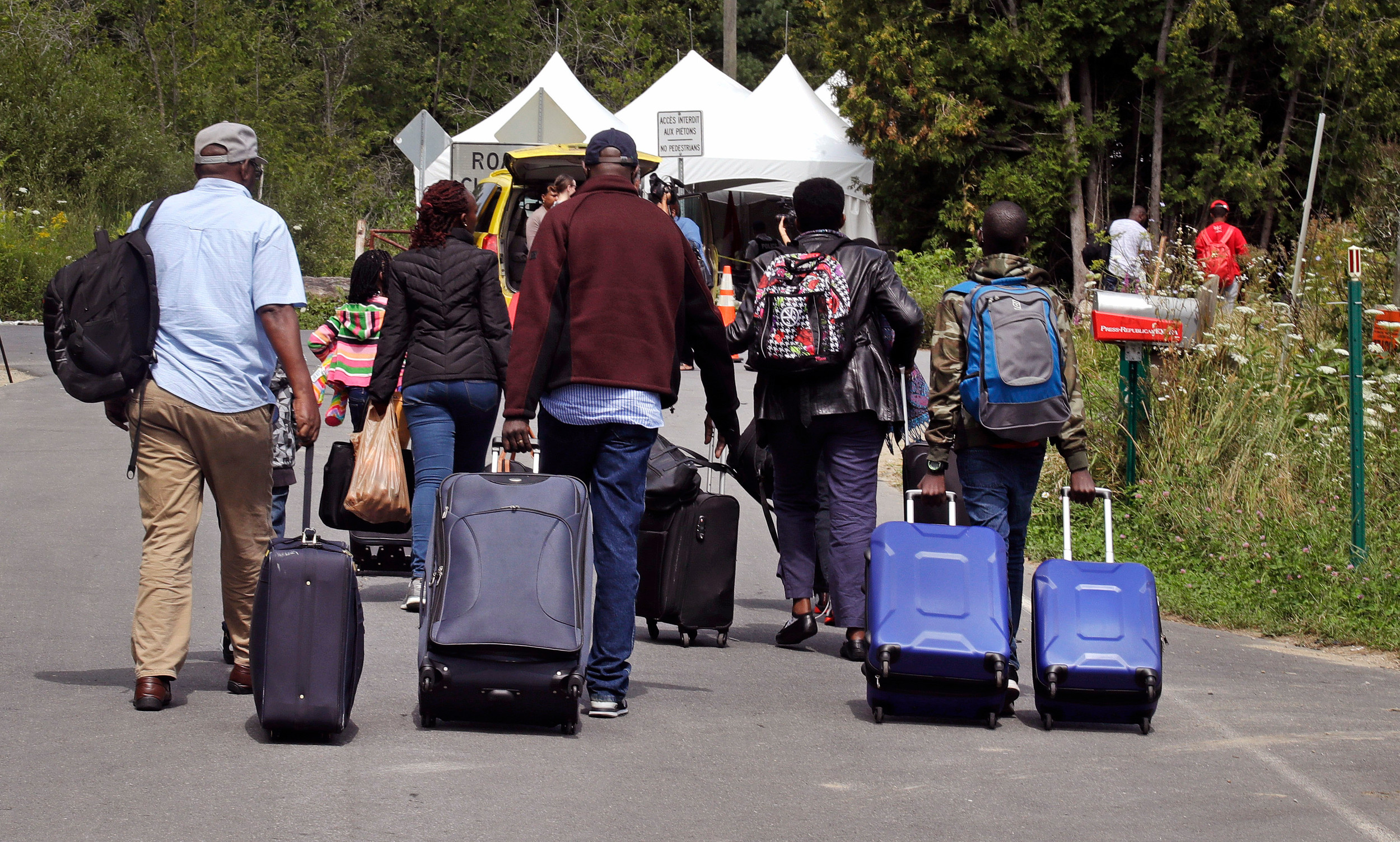 Quebec government to give update on asylum seekers