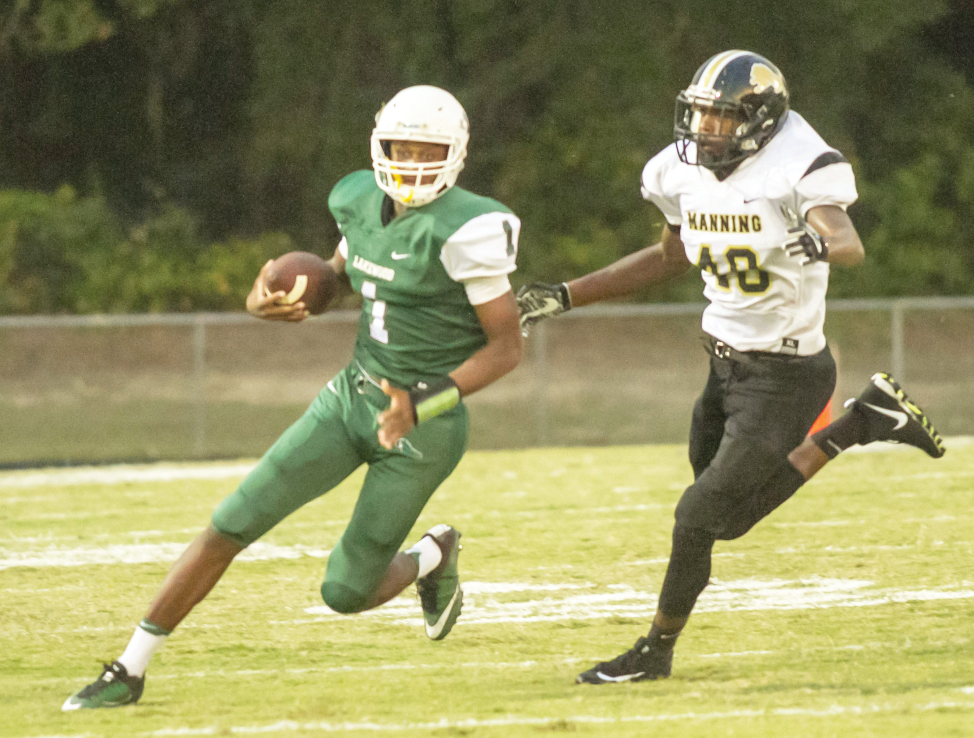 Lakewood quarterback Malik Richardson (1) and the rest of the Gators face county rival Sumter today at Memorial Stadium at 7:30 p.m. with each team looking to rebound from disappointing losses.