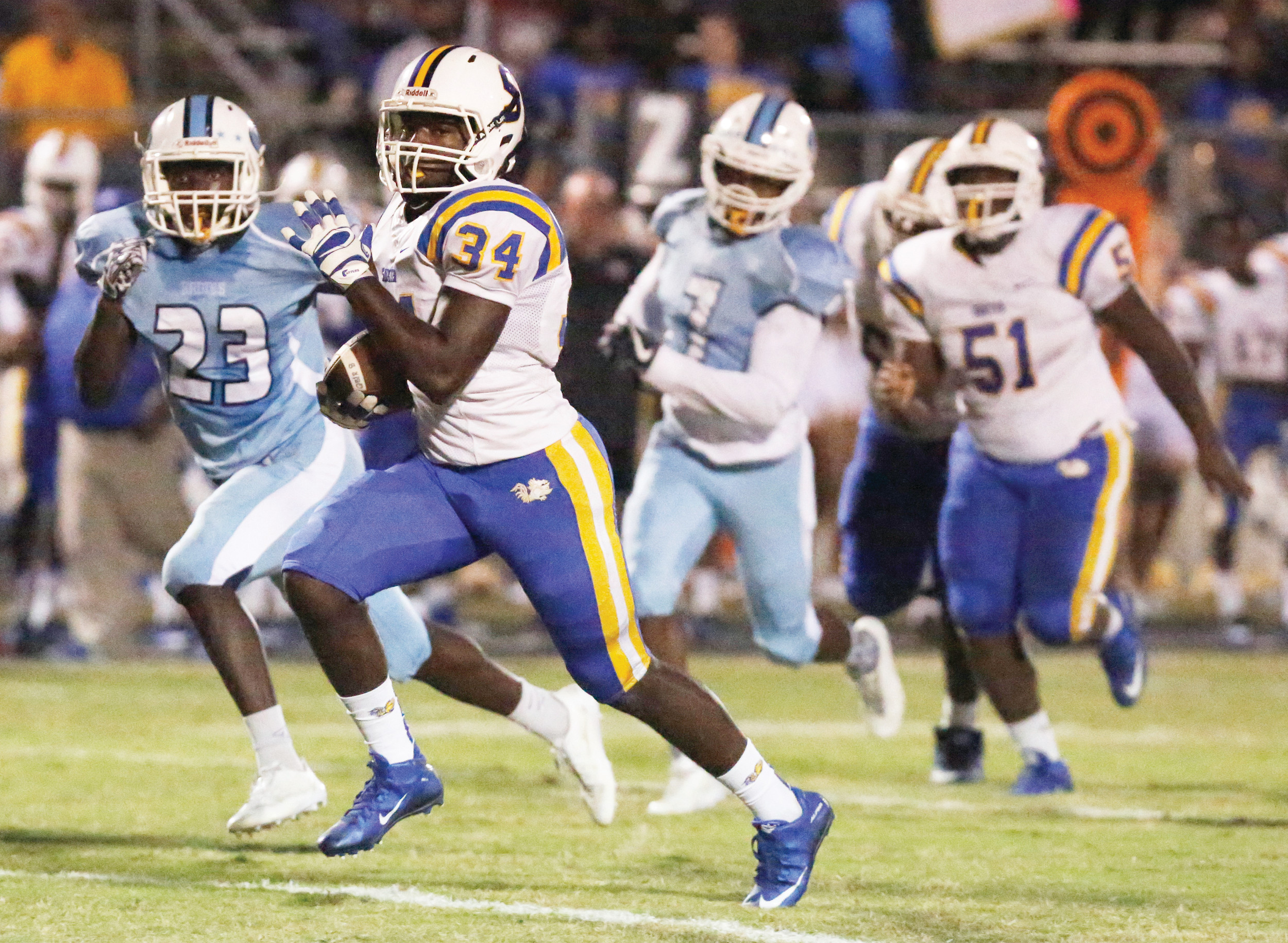 Sumter's Da'Jon Butts (34) and the Gamecocks return to Florence Memorial Stadium tonight when they take on West Florence at 7:30 p.m.