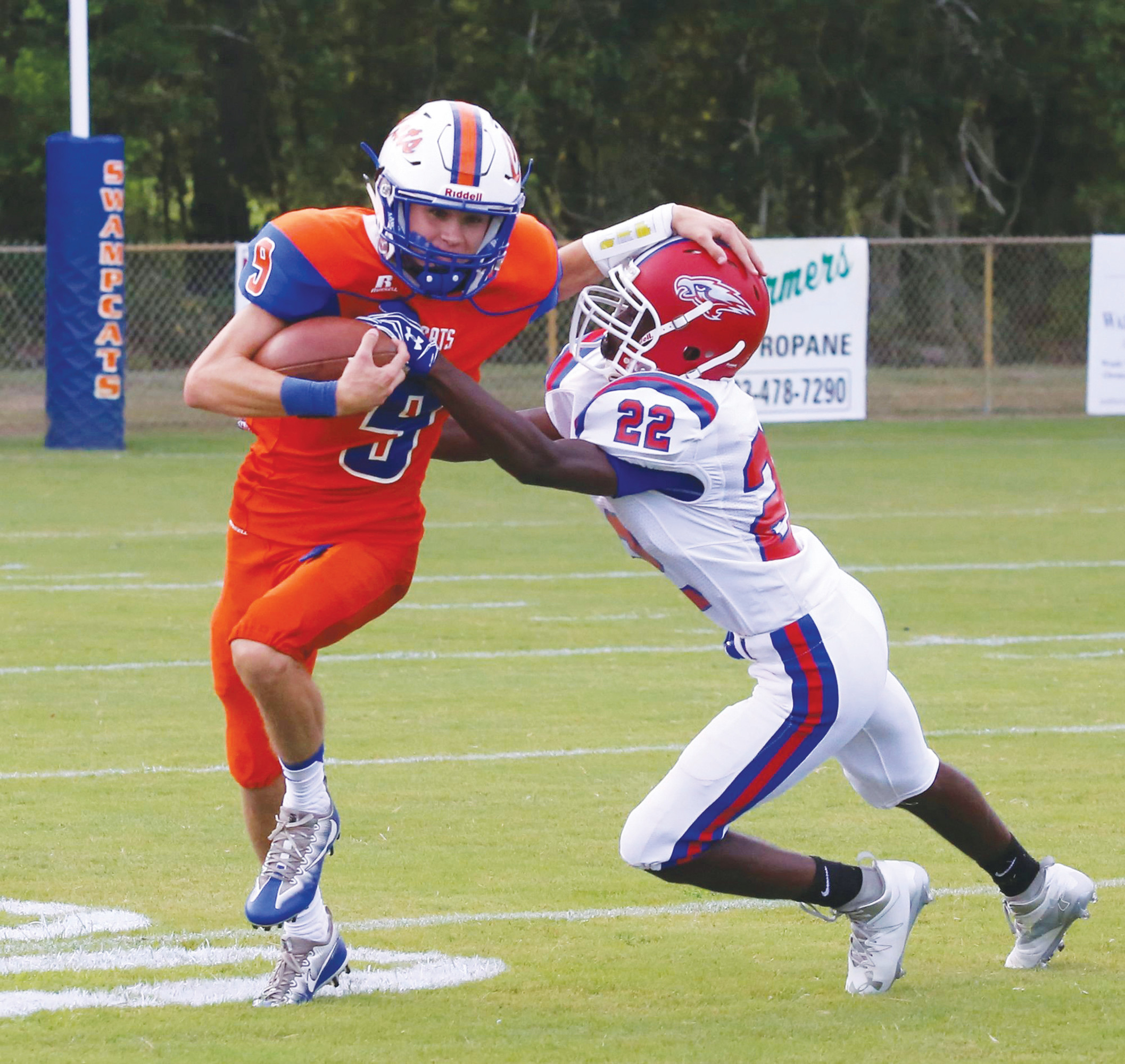 Laurence Manning wide receiver Taylor Lee (9) and the rest of the Swampcats will travel to Sumter today to take on Wilson Hall at Spencer Field beginning at 7:30 p.m.