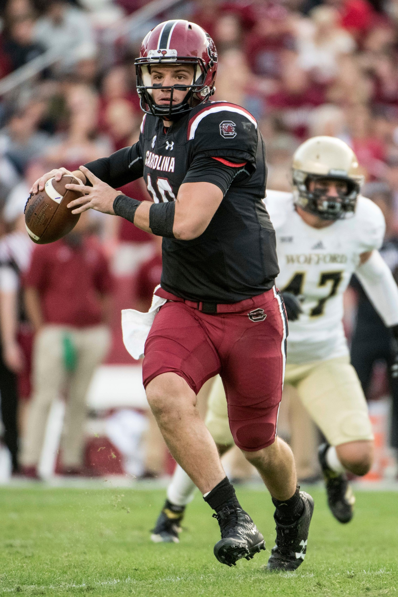 South Carolina quarterback Jake Bentley hopes to lead the Gamecocks to an upset over Clemson today in Columbia.