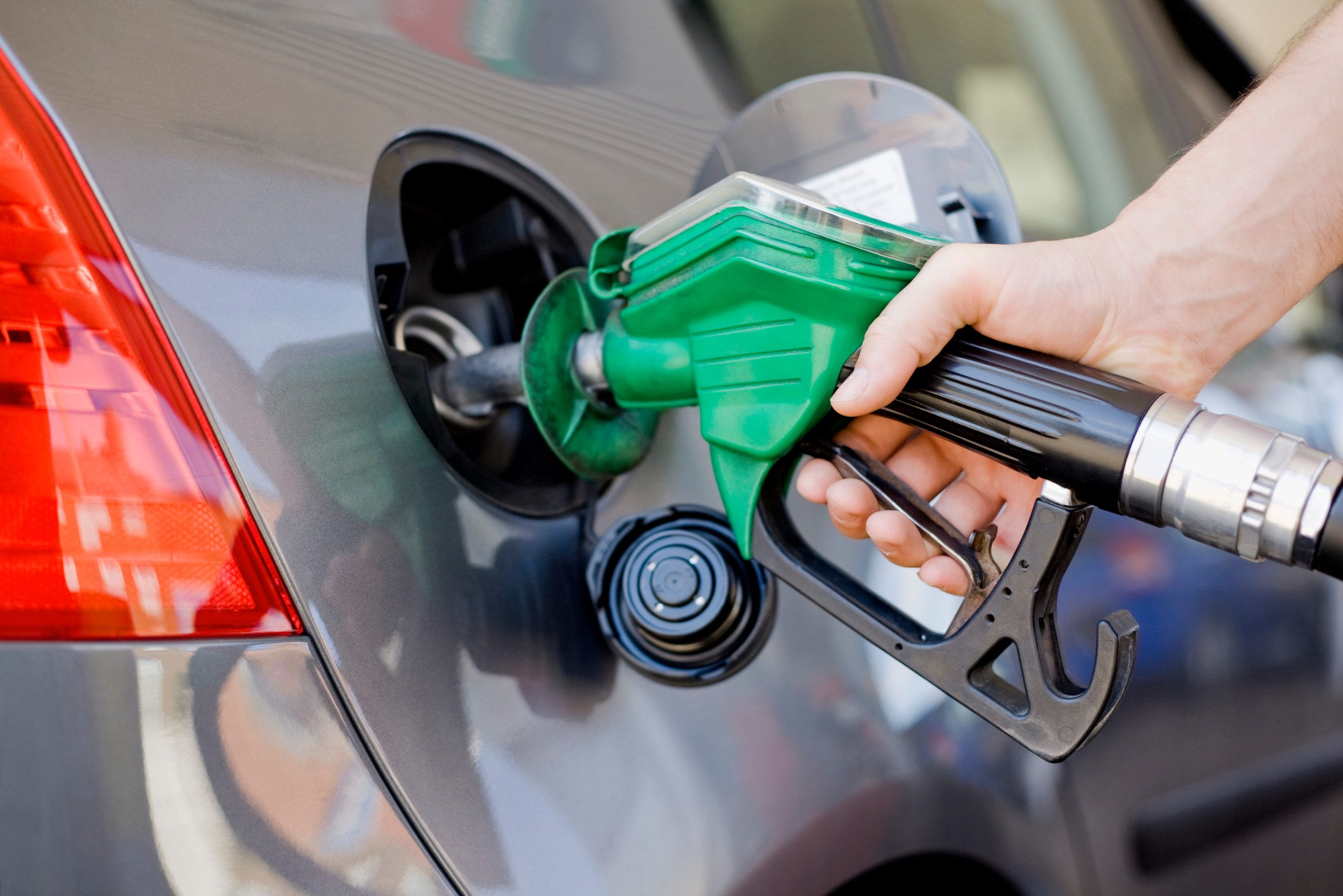 AAA South Carolina gas prices higher this holiday travel period