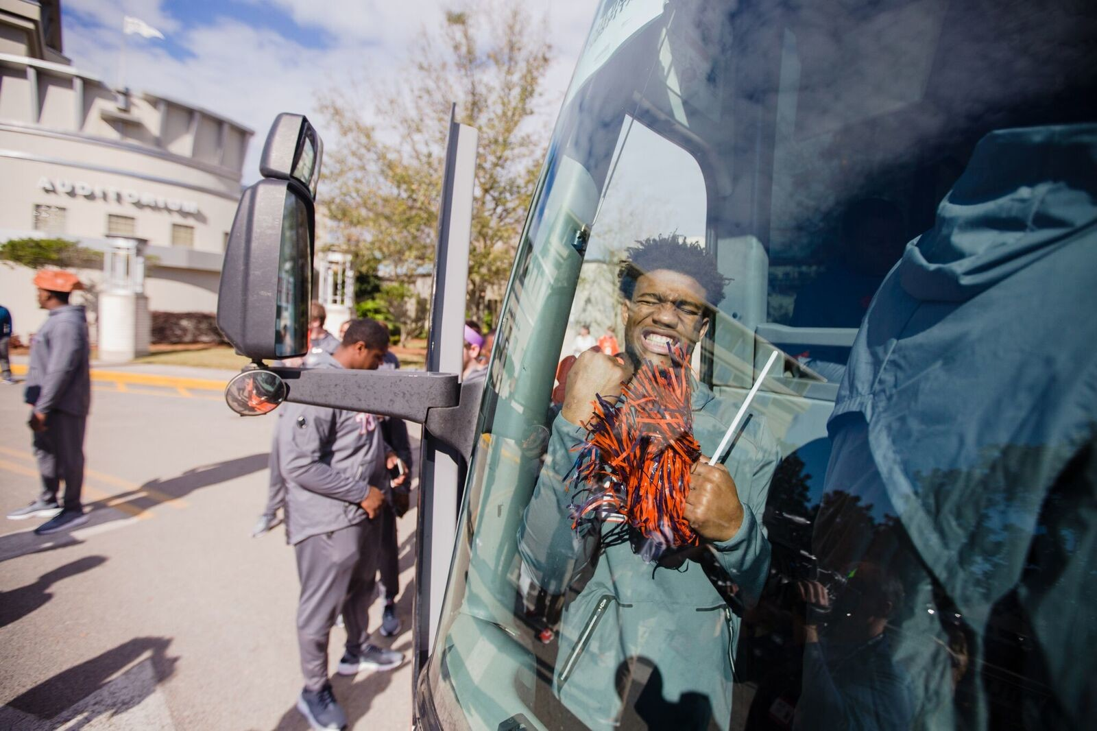 Clemson quarterback Kelly Bryant gets on the team bus Saturday.