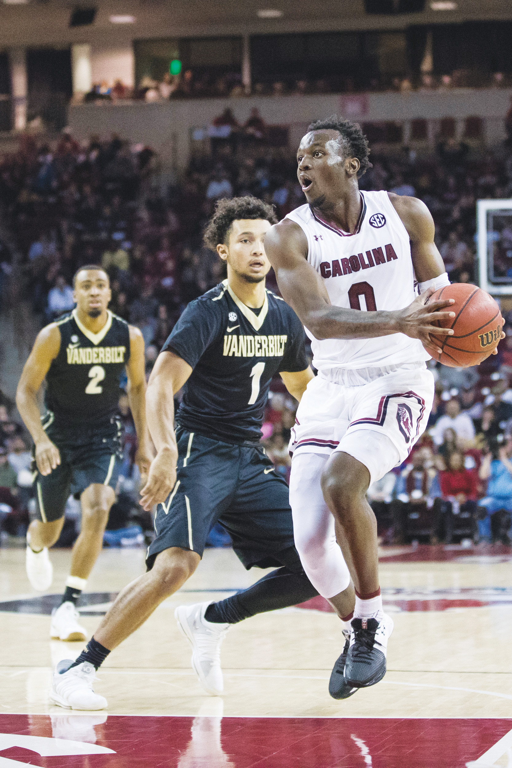 South Carolina guard David Beatty (0) dribbles down the lane during the Gamecocks' victory over Vanderbilt on Saturday in Columbia.