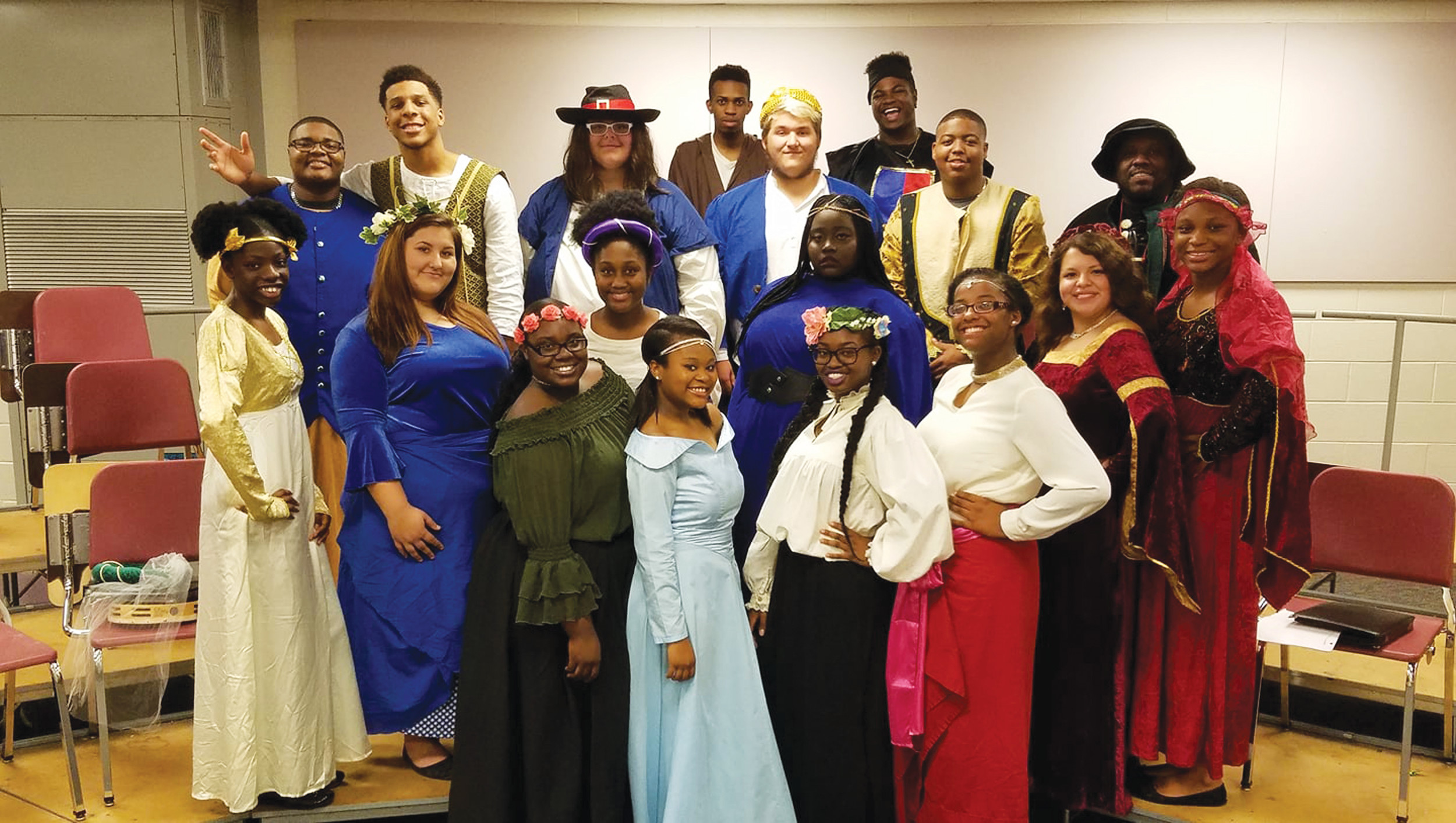 Lakewood High School Chamber Choir will present its 5th Annual Madrigal Dinner Theater at 6:30 p.m. Friday at Lakewood High School, 350 Old Manning Road. Proceeds will benefit programs and travel expenses for Lakewood's fine arts department.