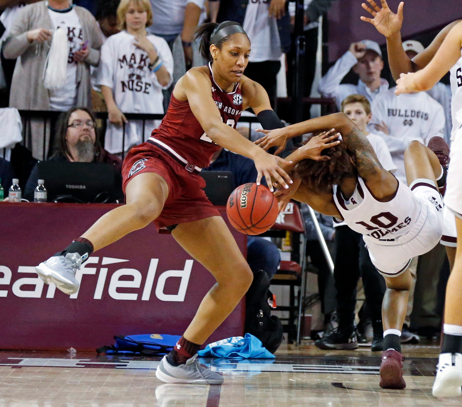 South Carolina forward A'ja Wilson (22) pulls away a rebound from Mississippi State guard Jazzmun Holmes (10) during the Bulldogs' 67-53 victory on Monday in Starkville, Mississippi.