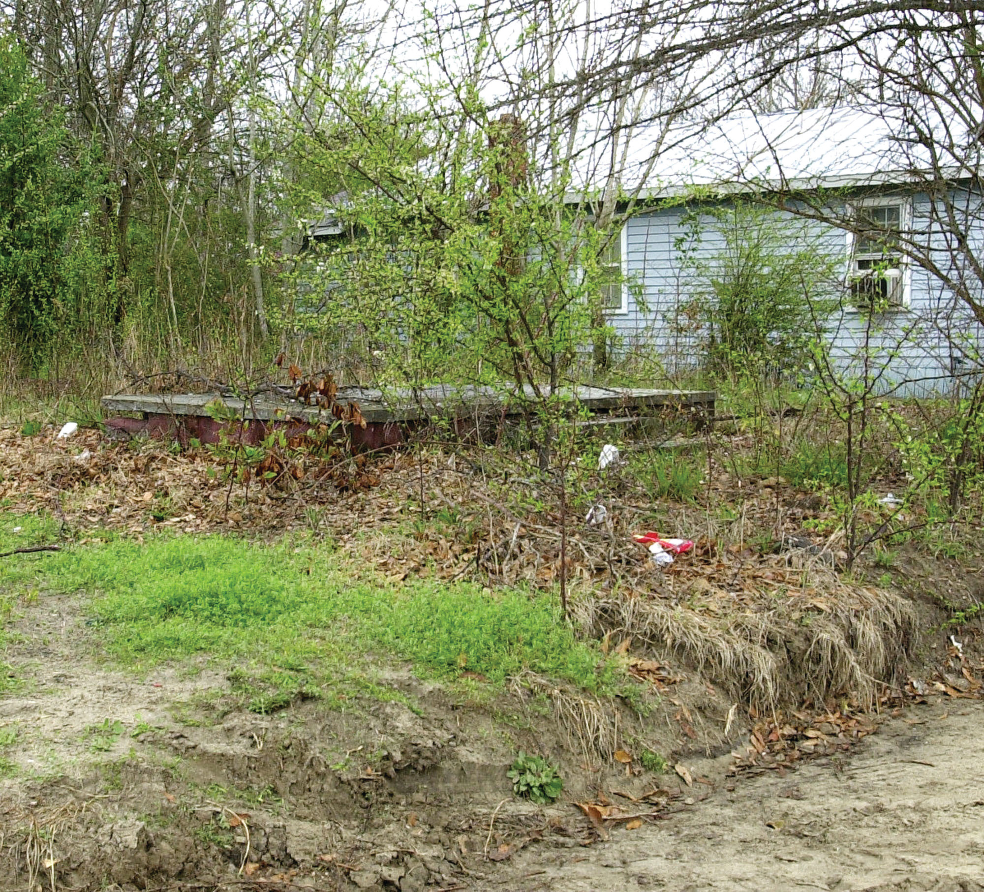 The body of 29-year-old Pamela Gregg of Sumter was discovered lying near an abandoned house in the middle of Northwestern Avenue, a formerly dirt road running behind Logan Park, on March 17, 2003.