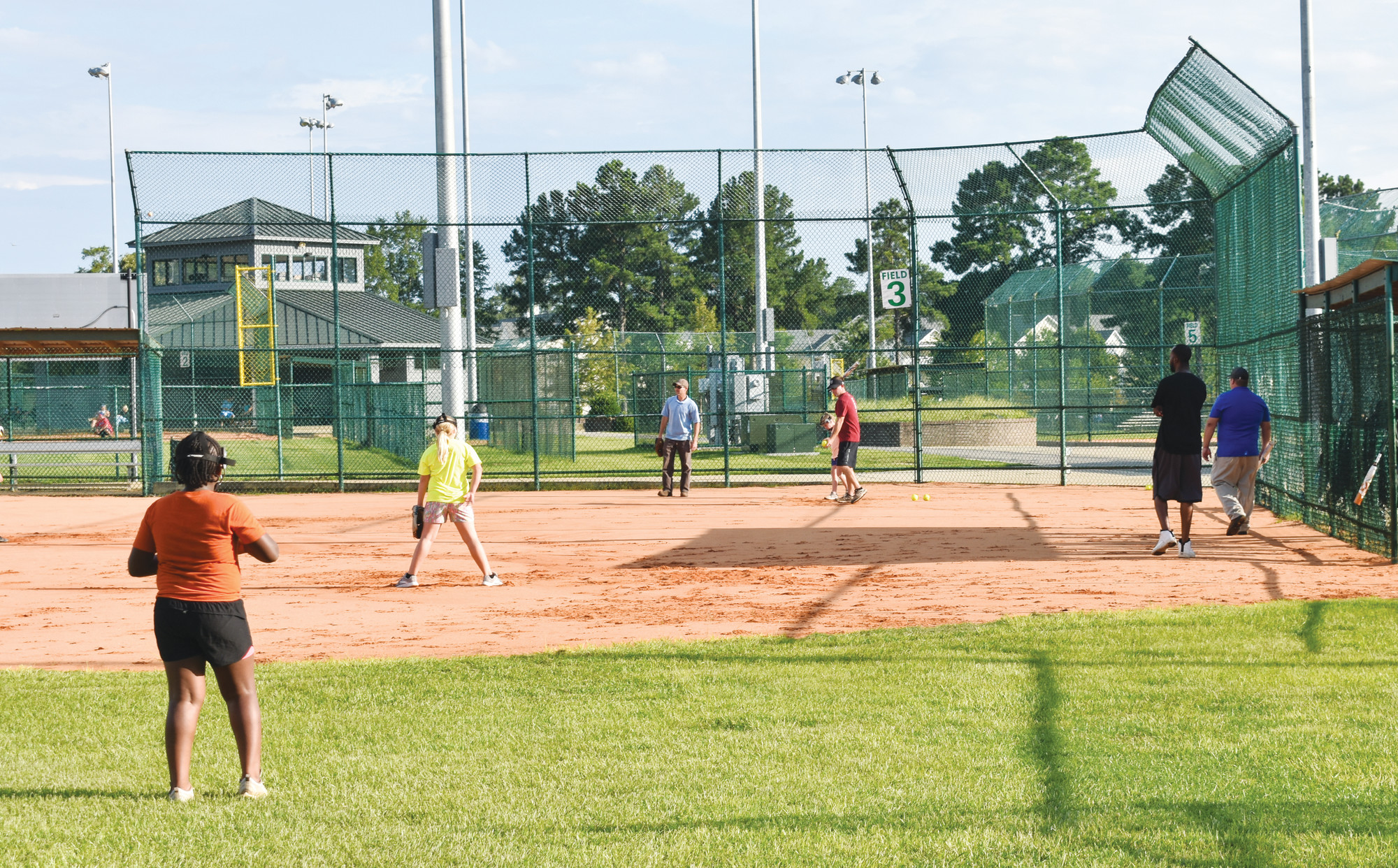 Dixie Darlings team ready for World Series   The Sumter Item