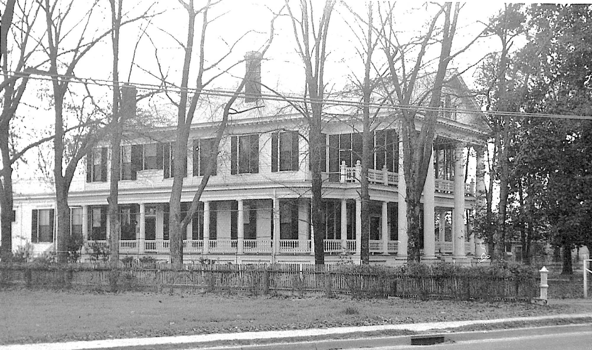 Thomas Wilson House once located on Broad Street.
