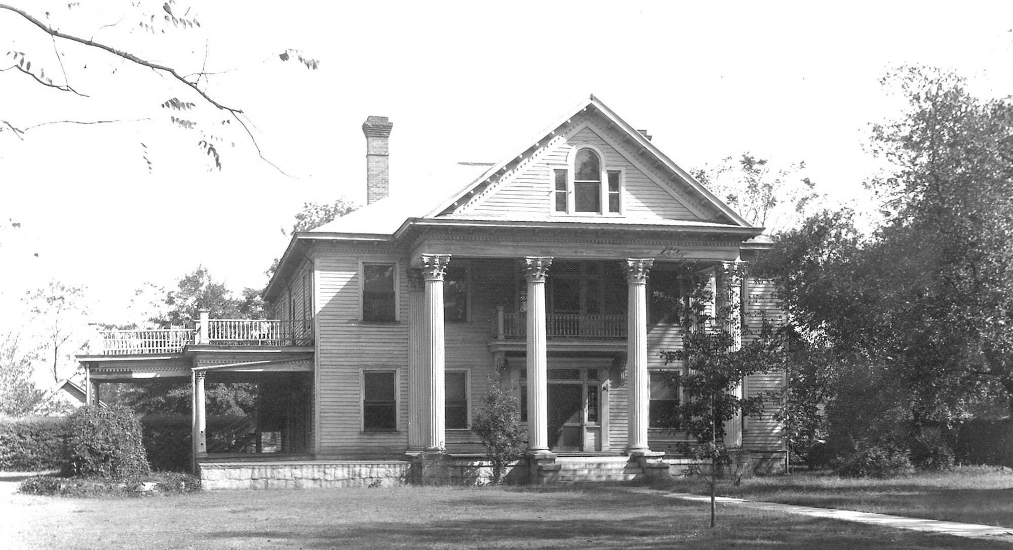 The Shaw family home was at 66 Broad St.