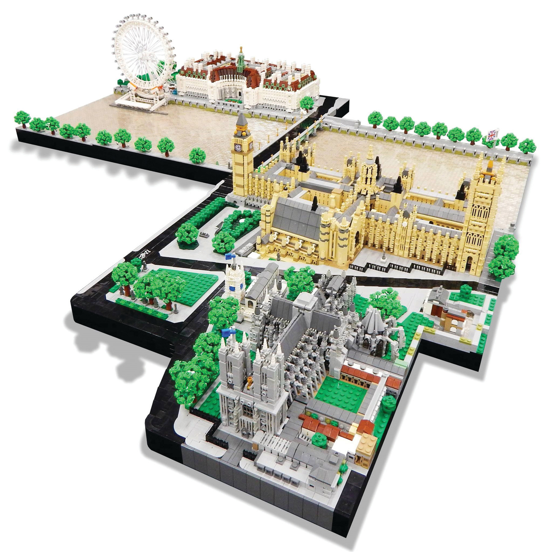 Rocco Buttliere built this 1/650 scale of London with 50,000 LEGO bricks.