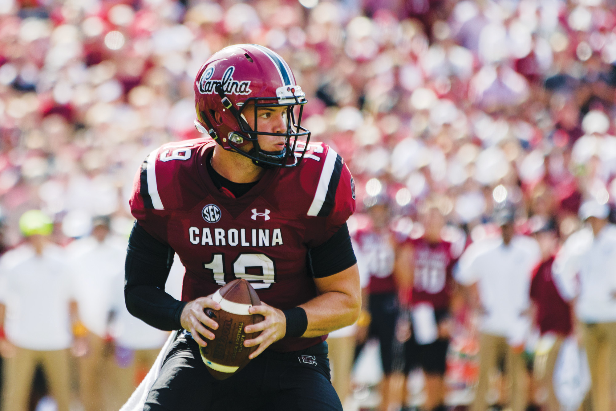 South Carolina quarterback Jake Bentley looks for an open receiver during the Gamecocks' 41-17
