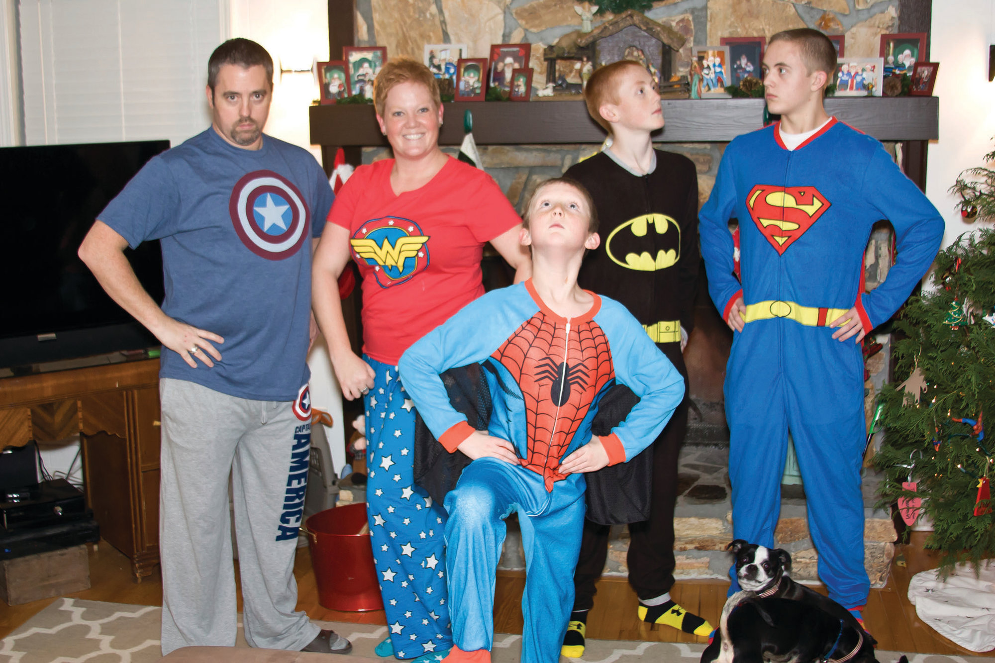 e9c673e045 This photo provided by Amy Wilson shows her children posing for a photo in  matching holiday