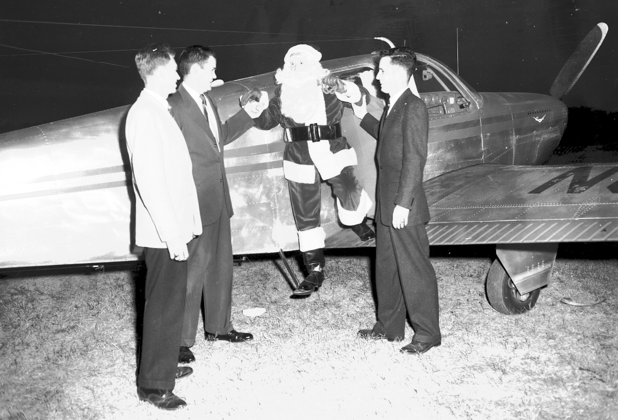 Santa came to Sumter on his own plane at Municipal Airport beginning in the 1930s.