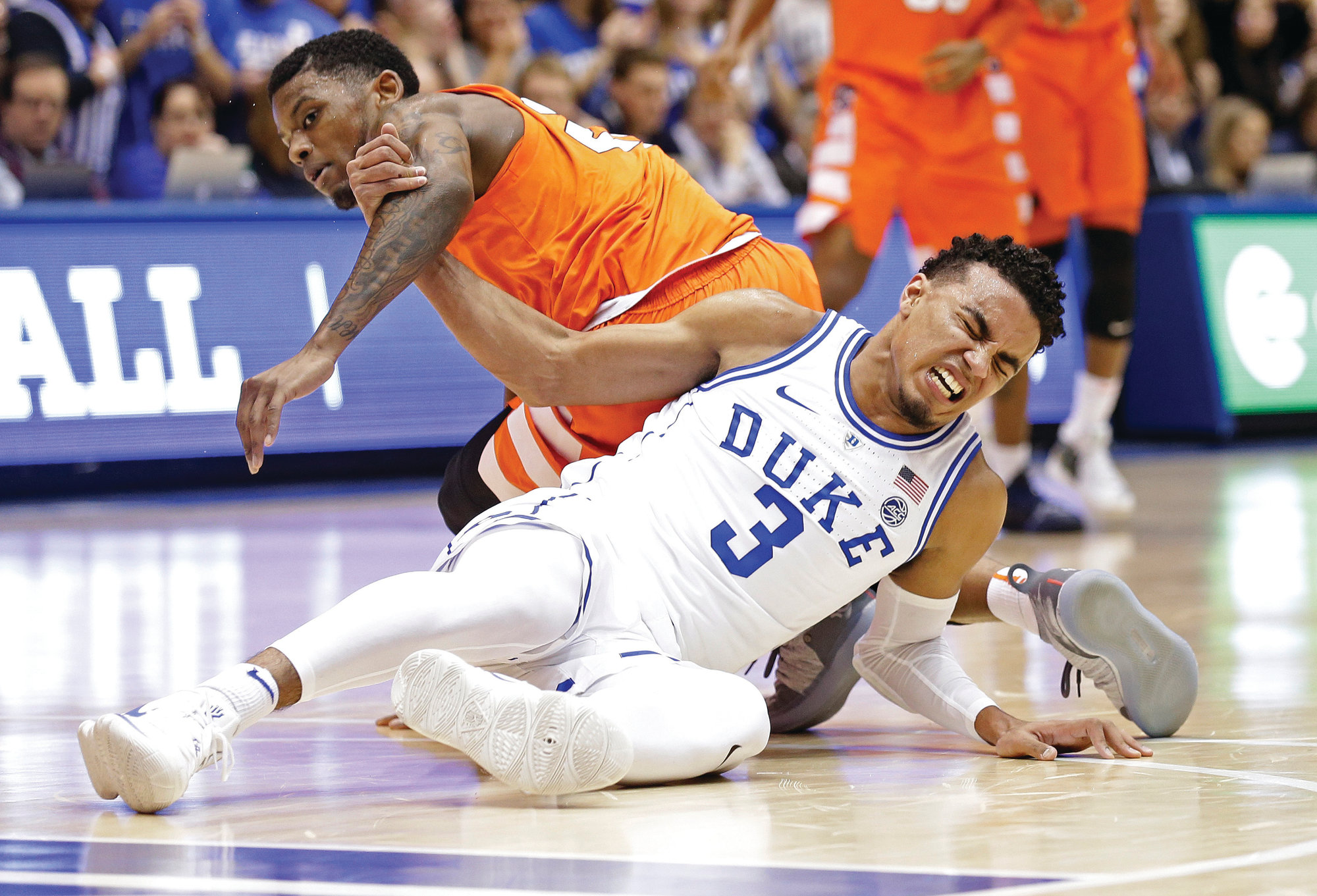 Syracuse Upsets No 1 Duke 95 91 In Ot After Jones Injury The