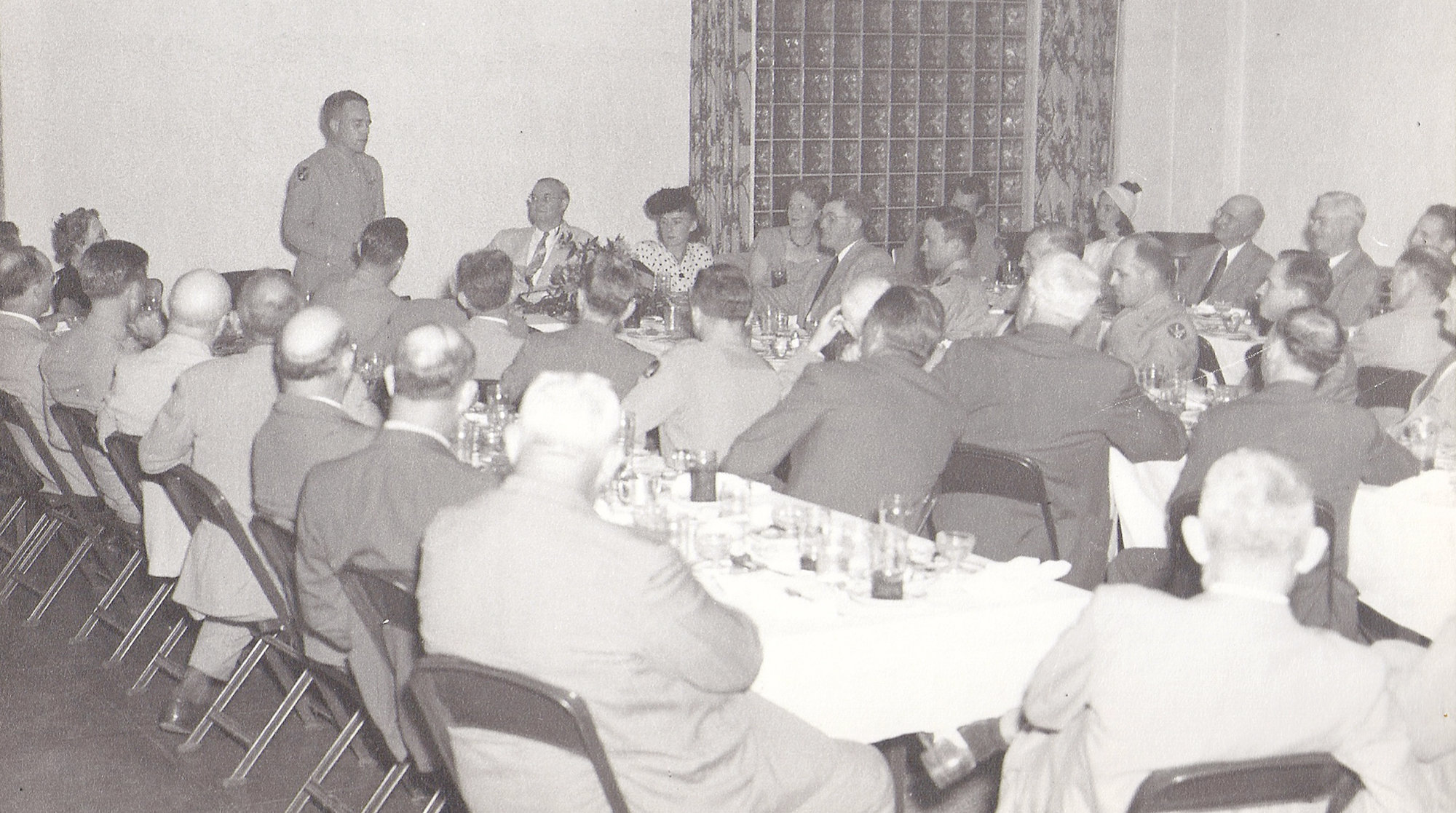 The Coca-Cola Community Room was available for banquets in Sumter, and using the space and its attached kitchen was free to any group who wanted to reserve it.