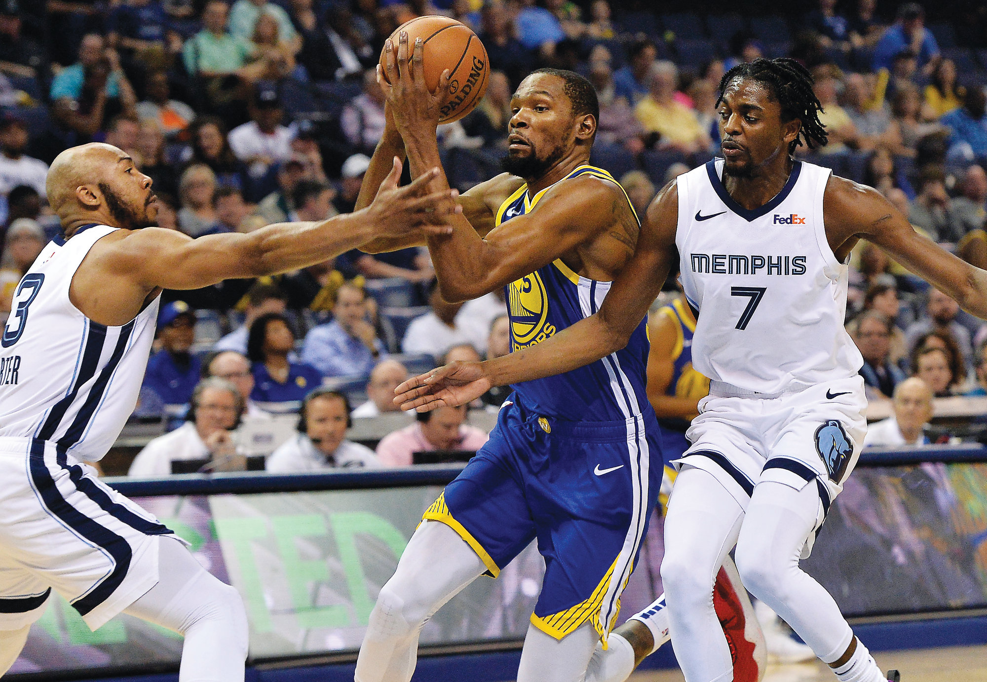 da9f604484ac Warriors start playoff road without LeBron there at the end