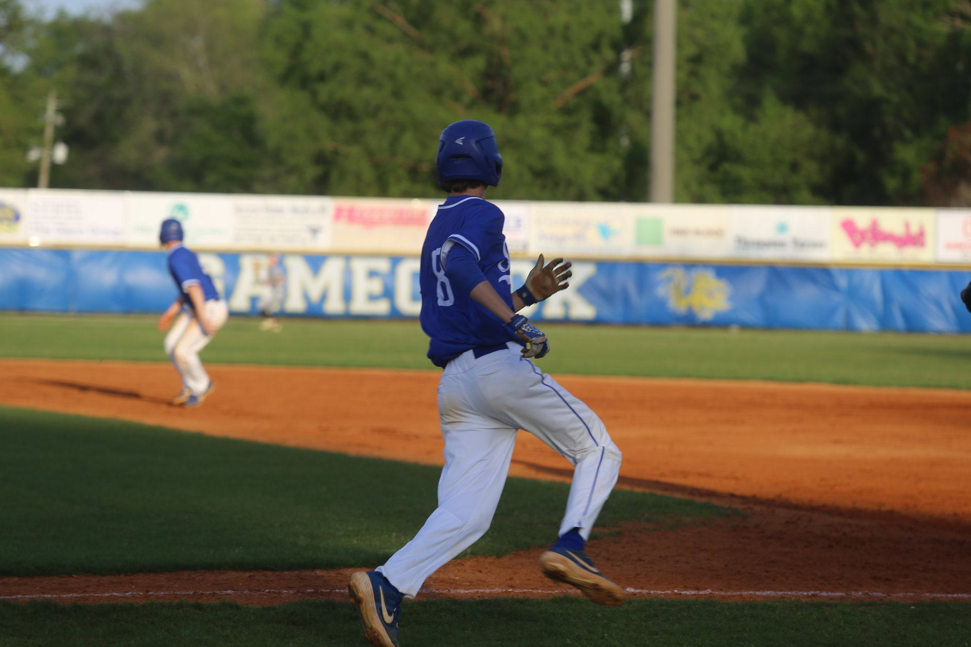 Sumter's Drake Thames runs the bases.