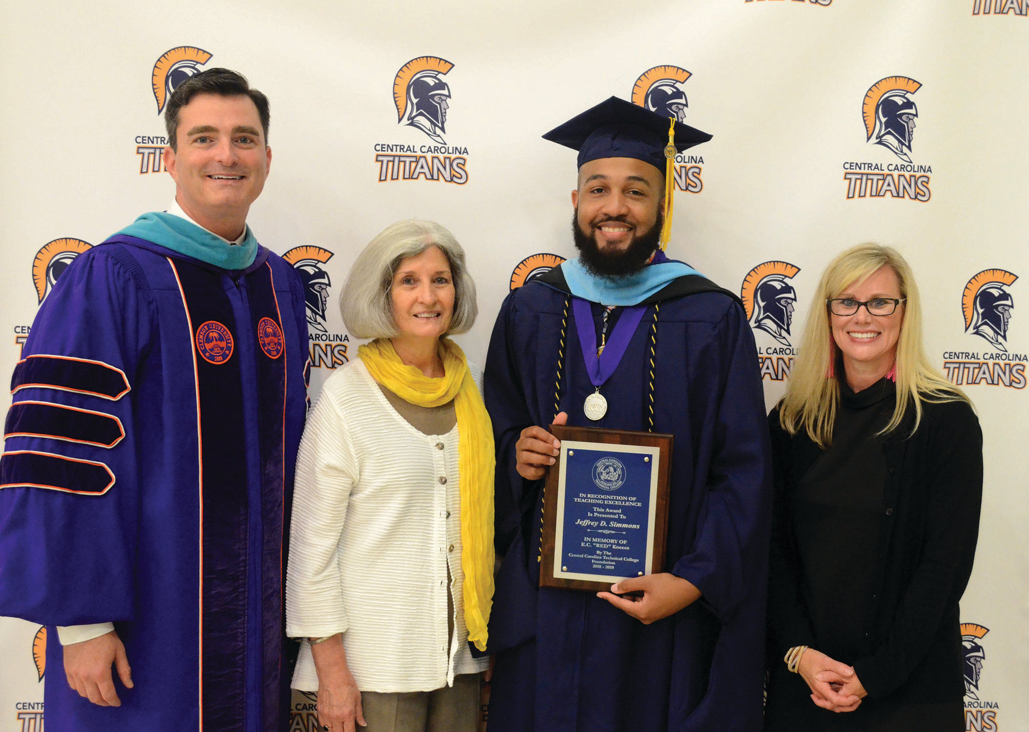 "Academic Program Manager for Pharmacy Technician Dionne Simmons, second from right, was honored with the E.C. ""Red"" Kneece Teaching Excellence Award at this year's CCTC commencement."