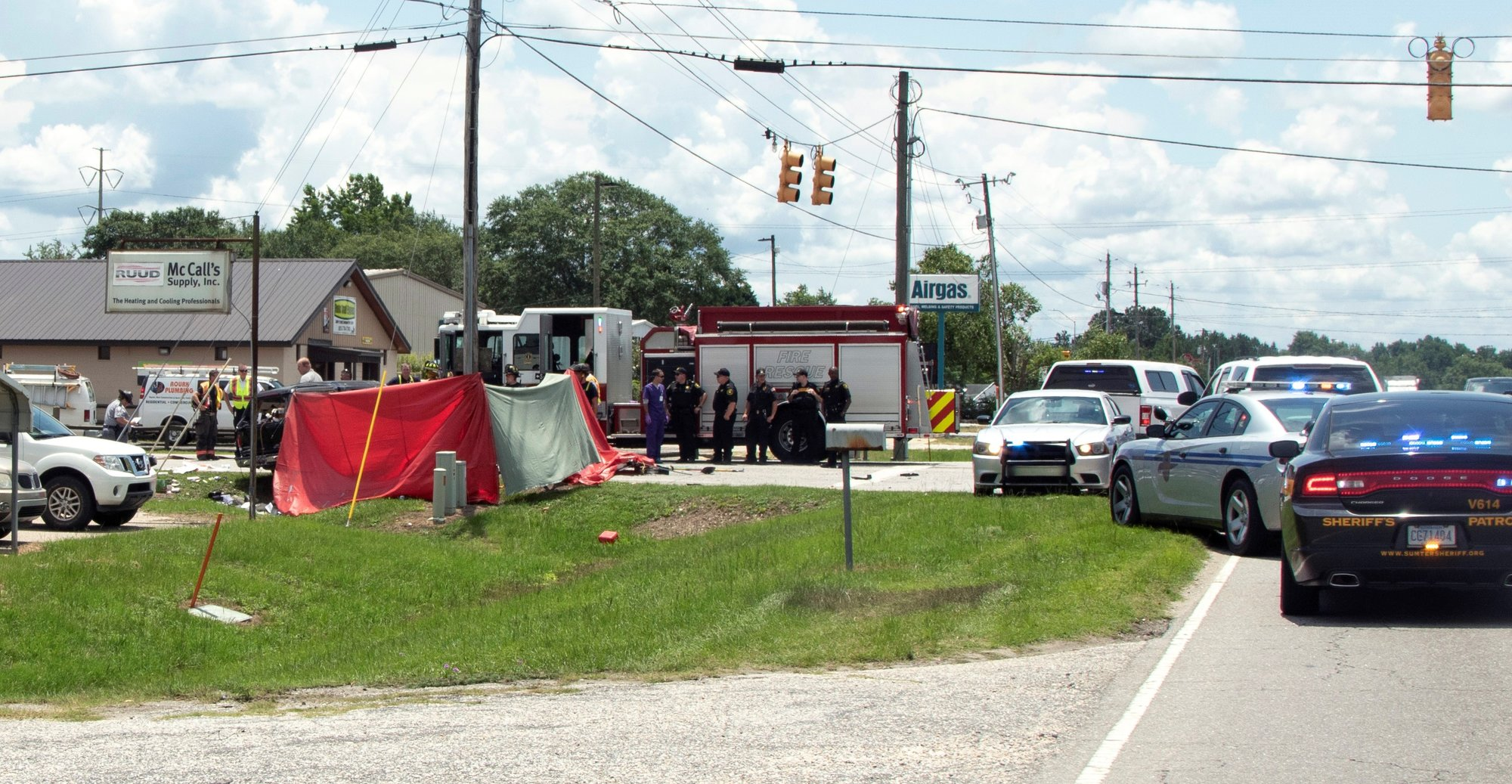 Timmonsville man dies in Guignard Drive car crash Monday