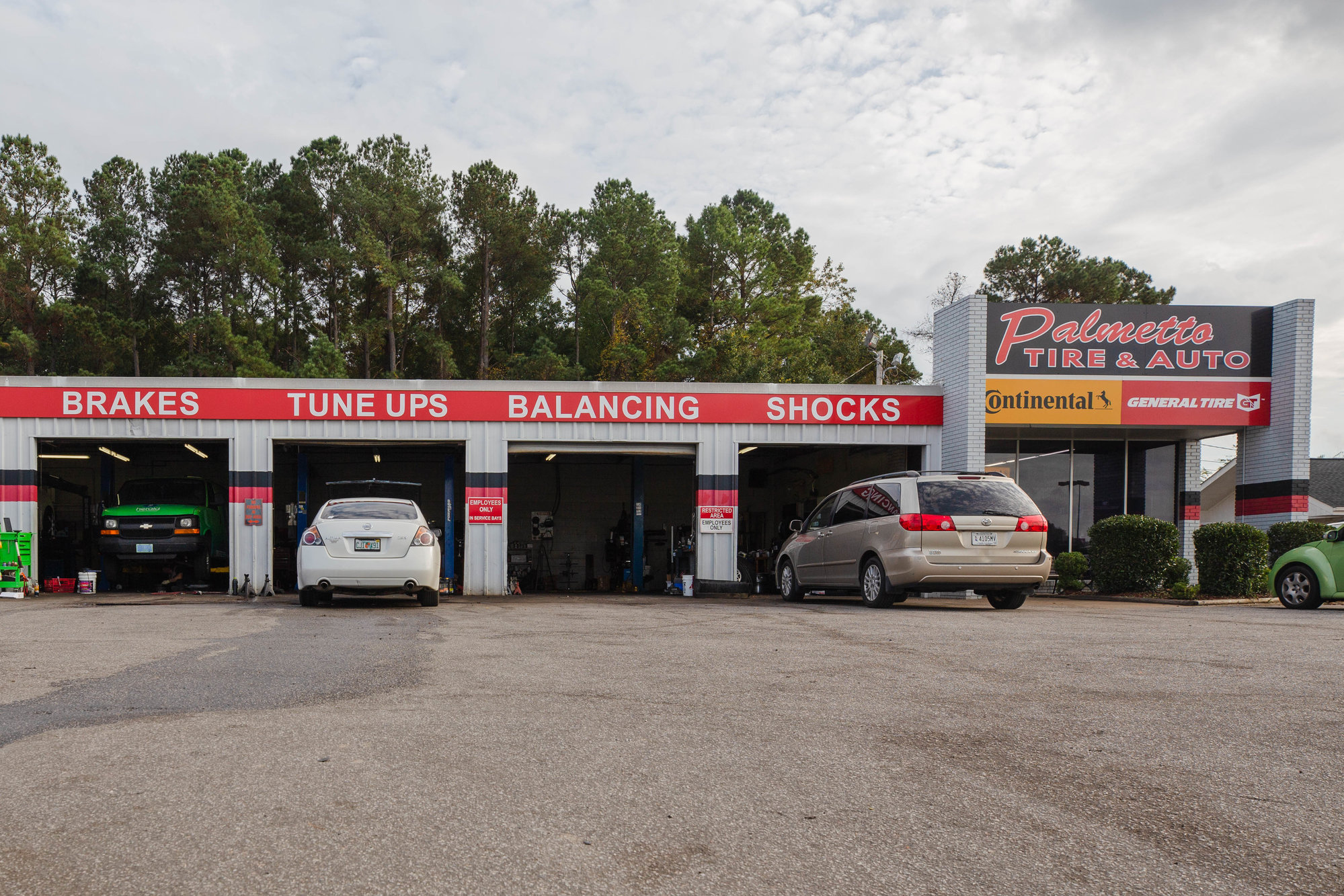 Palmetto Tire and Auto has received an outpouring of support from the community since a shooting incident left three people injured on Oct. 21. Employees said that someone has come nearly every day to feed their team and relay the message that the community is behind them.