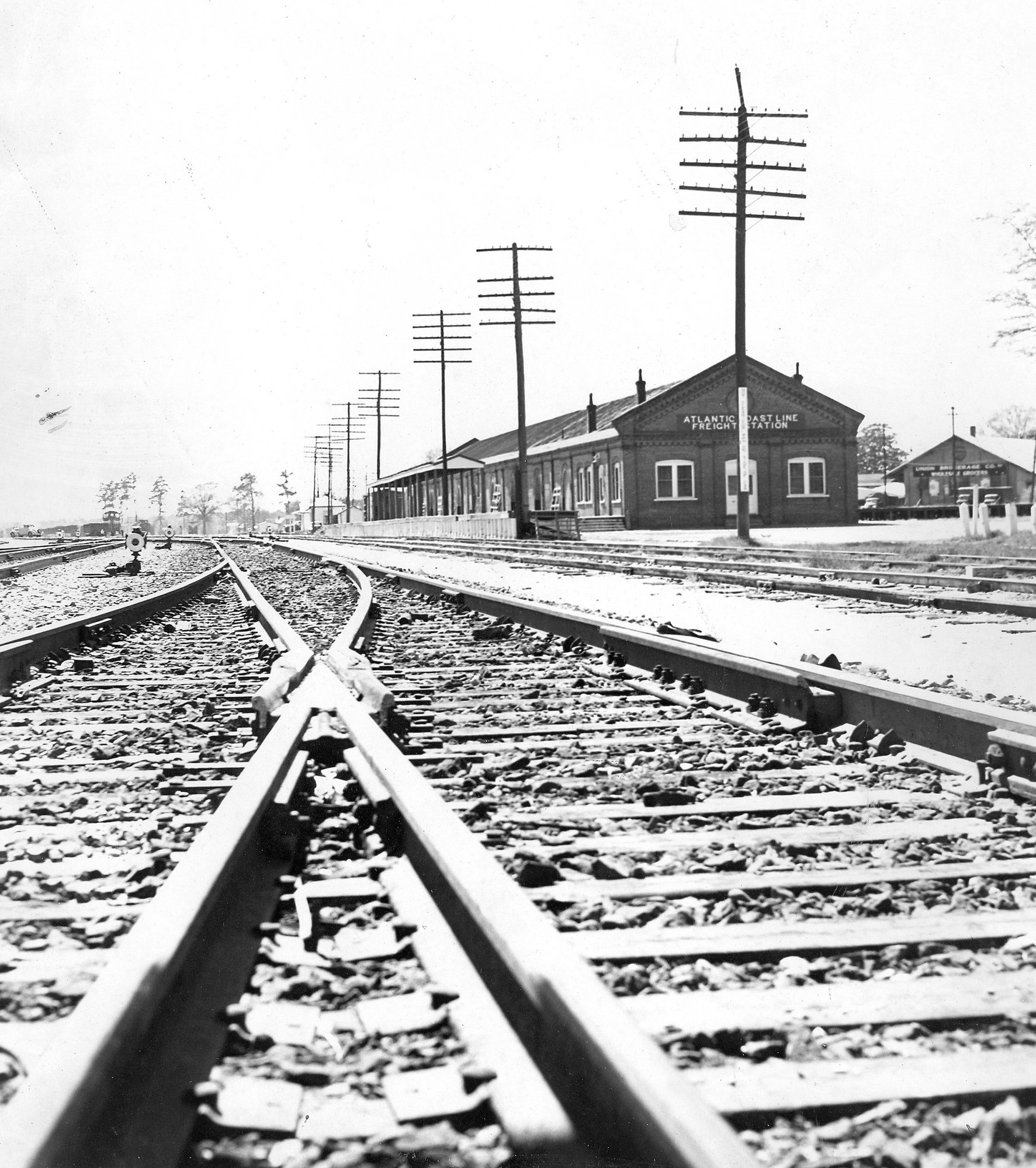 The freight station was used for agriculture, truck, dairy, livestock and manufacturing shipping.