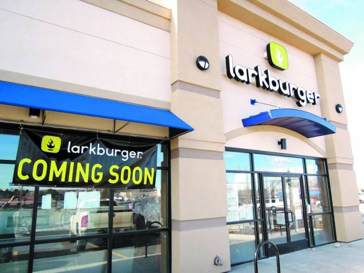 A new Larkburger restaurant is under construction and scheduled to open early next year in the Dry Creek Shopping Center.