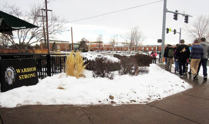 Neighborhood businesses showed support for Arapahoe High School students as they returned to classes Jan. 7 for the first time since the Dec. 13 shooting.