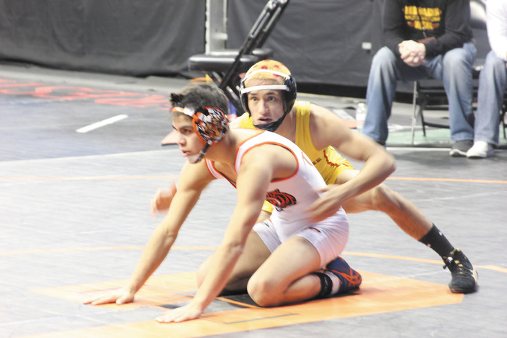 State wrestling semifinals: Hunter Willits will wrestle