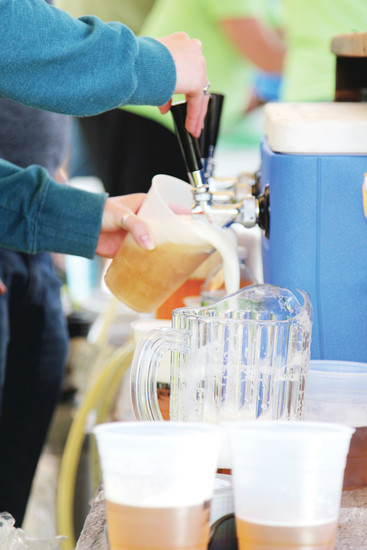 Rockyard Brewing Company served up cold beer to a steady line of customers at the Castle Pines Food Truck Frenzy event on June 3.