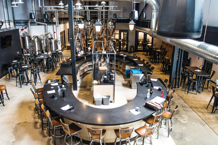 Grist Brewing Company focused its new location on increasing the taproom space. The brewery wanted to create a stylish theme that would become a destination brewery for the community.