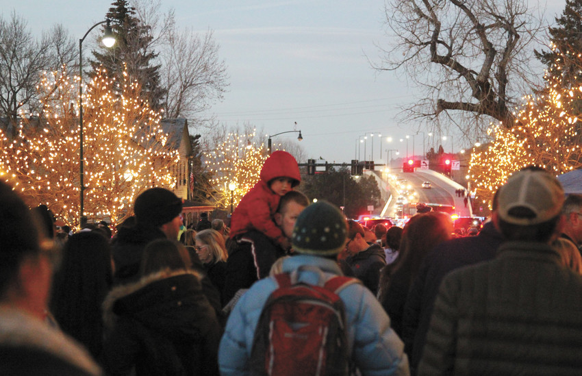 Crowds enjoy last year's Starlighting festivities.