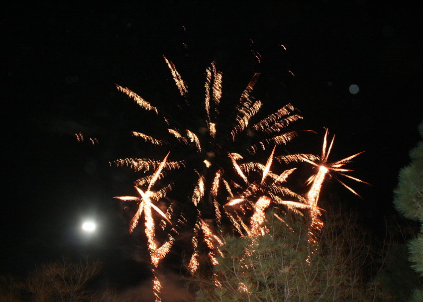 The city sponsored a brief fireworks display that went off from the roof of the Golden Hotel on Dec. 1 as part of the Candlelight Walk's attractions.