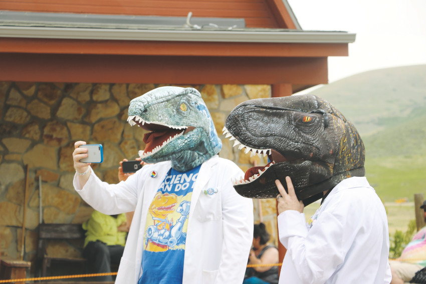 A pair of attendees at Dinosaur Ridge's Guinness World Record attempt.