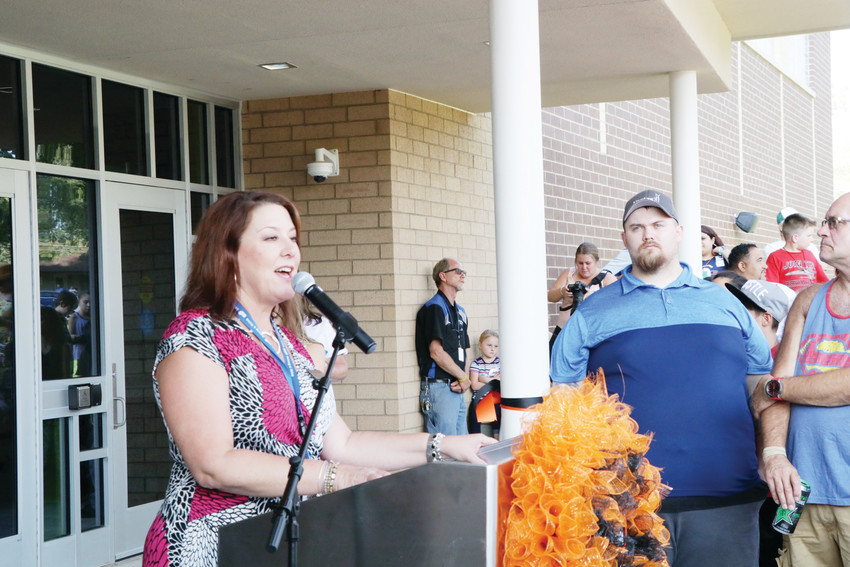 Englewood superintendent Wendy Rubin greets those attending the Aug. 7 open house at the newly completed Clayton Elementary School.