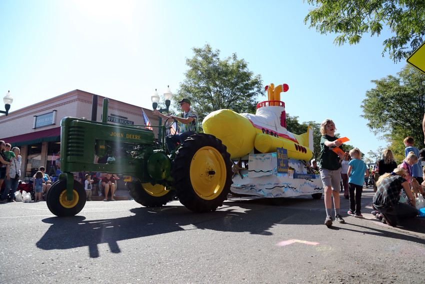 The Arvada Gardeners embraced The Beatles with their Yellow Submarine tractor.