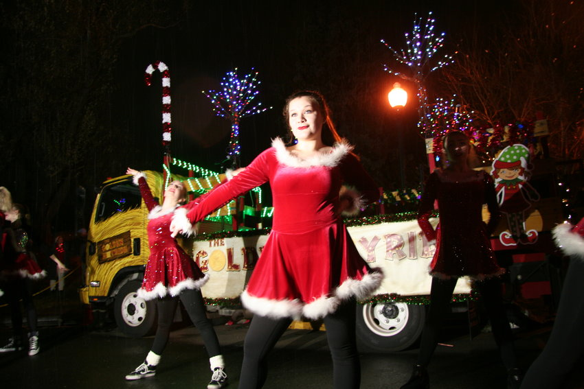 The Virtuosity Dance Center performers performed holiday numbers to help entertain the crowds prior to the candlelight walk.
