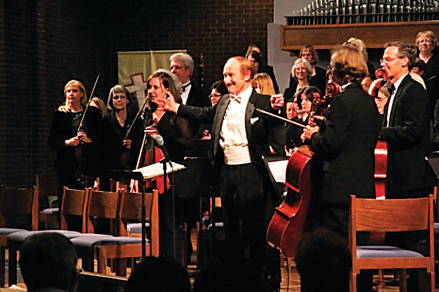 "Jurgen de Lemos will lead the Littleton Symphony plus choirs and dancers in ""A Littleton Christmas"" on Dec. 7 and 8 at Littleton United Methodist Church."