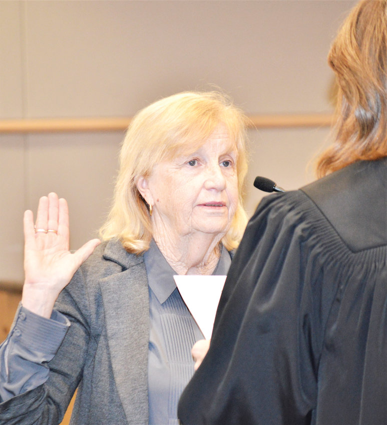 Newly named City Councilor Michele Haney swears her oath of office Jan. 28 in front of Municipal Judge Tiffany Sorice. She replaces Shannon Bird, elected in 2015, who stepped down in January, and will serve until this November, the remainder of Bird's term.