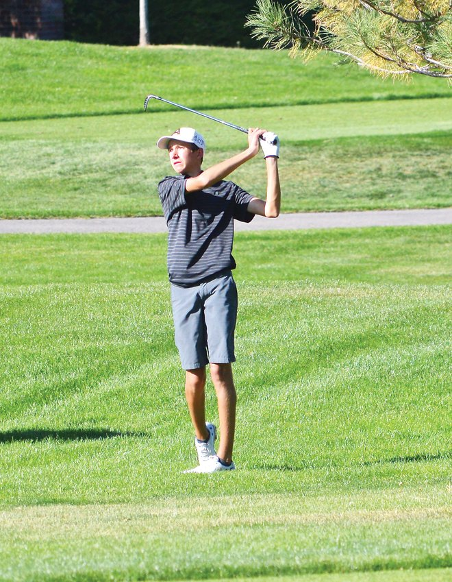 Arapahoe sophomore Will Kates used his accurate chips, approach shots and putting to win the Colorado High School Boys Golf Championships which were held Oct. 7-8 at Pinehurst County Club. Kates carded a closing round 3-under-par 66 on Oct. 8 and won the individual championship by six strokes. He also helped Arapahoe claim the state runner-up trophy.