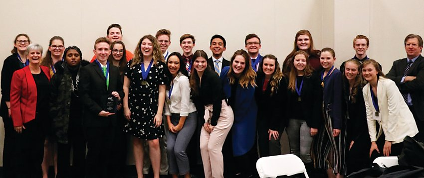 Six students from Elizabeth High's FBLA club will advance to the National competition this summer, competing against nearly 7,000 students from across the states.