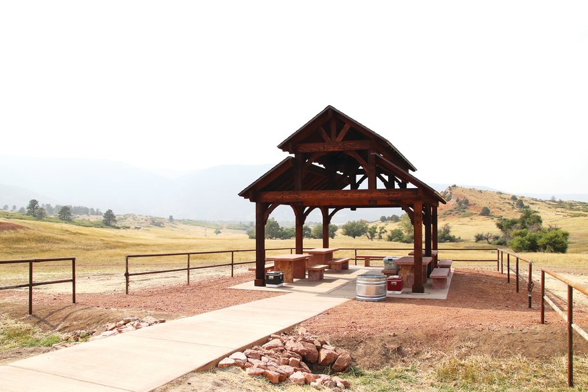 A gazebo is available at the trailhead of Sandstone Ranch.