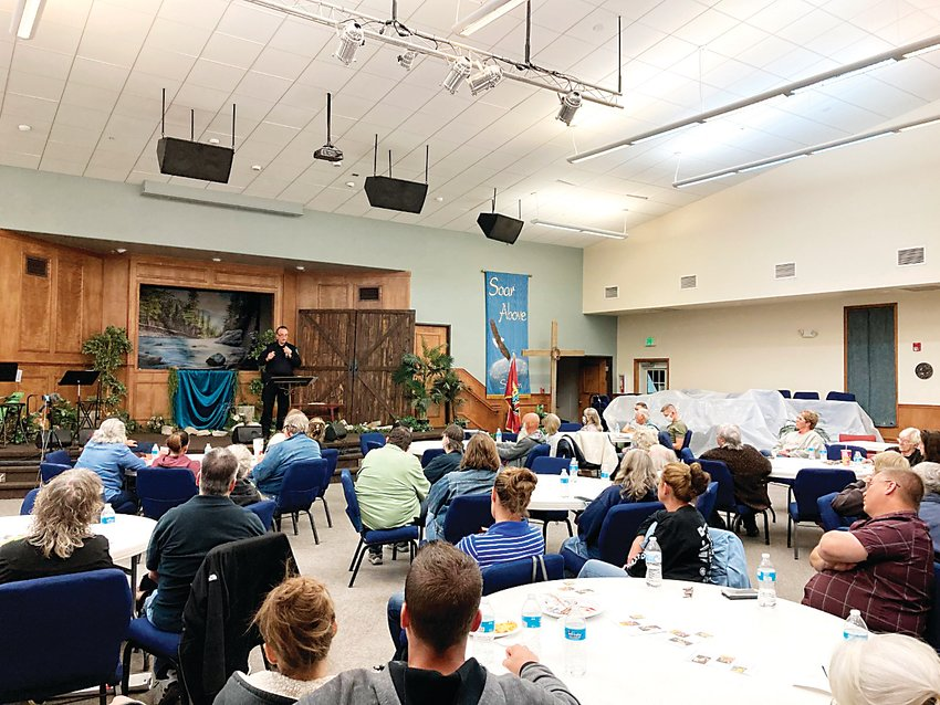 Elbert County Sheriff Tim Norton addressed a crowd of concerned citizens about the potential dangers of allowing marijuana-related businesses in town.