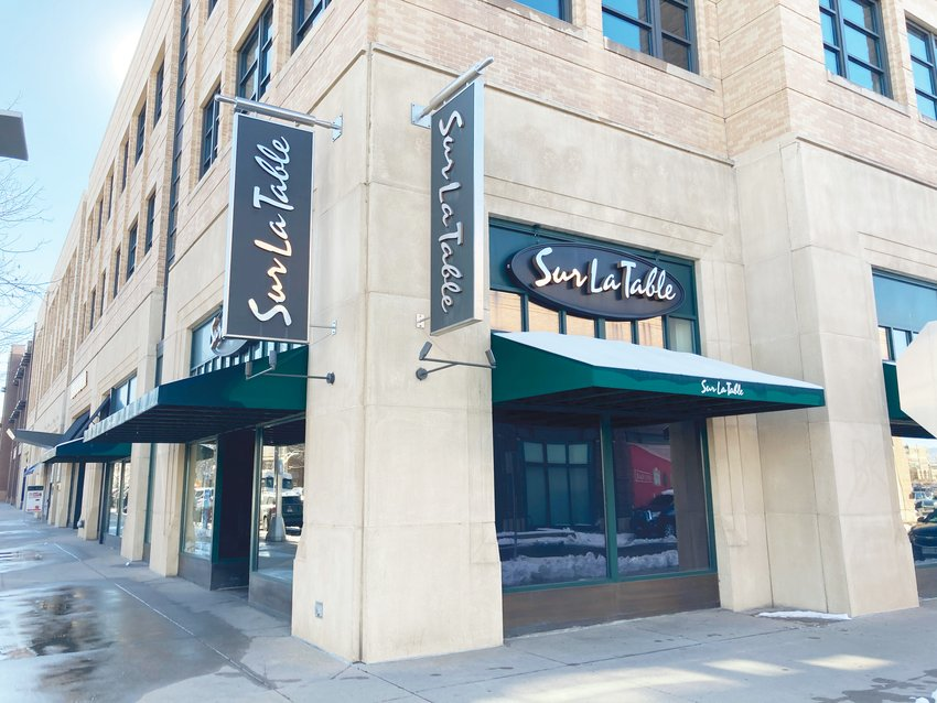 Sur La Table is one of several chain stores that has recently closed at Belmar.