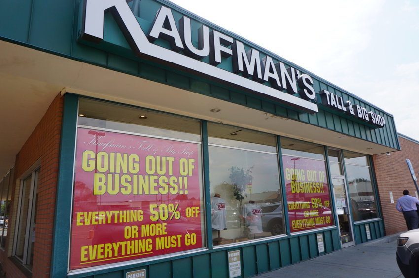 Kaufman's Tall and Big Shop in Englewood is closing after 62 years.