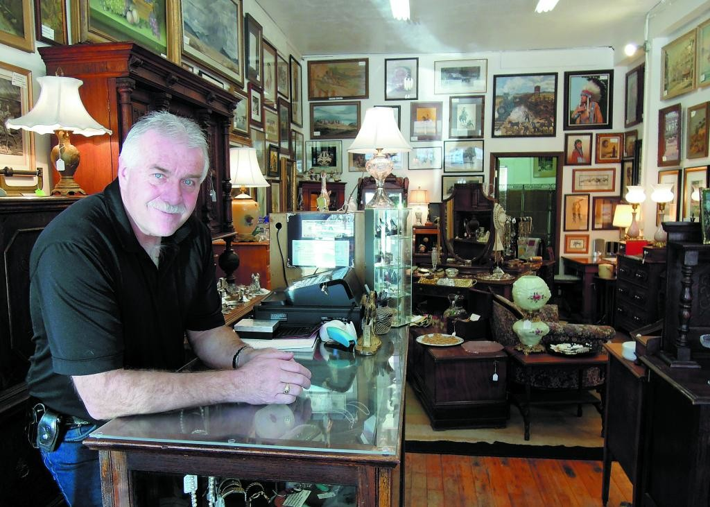 "Longtime county resident Randy Wallace has opened a new store, Randy's Antiques and Art, on Main Street in downtown Elizabeth. The new store is one of a number of new shops popping up on the town's budding ""antiques row."""