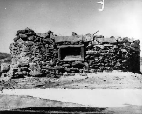 Indians Fort (Monument, Colo.) old fort against Indians (1866) Monument, Colo. 