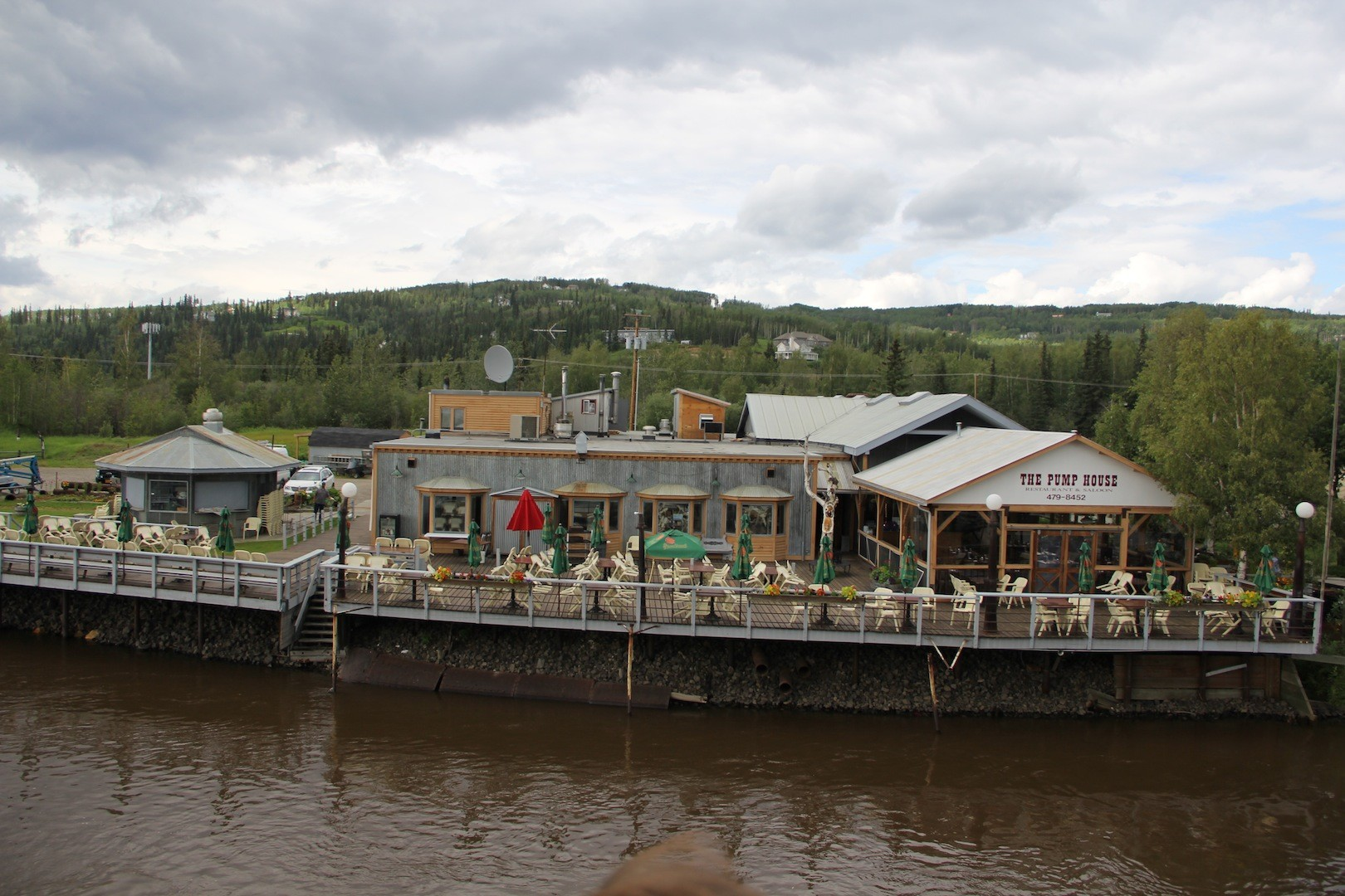 The Chena Pump House was once used to pump water up Chena Ridge to supply dredge and hydraulic mining operations along Cripple Creek. Today it is a popular bar and restaurant with National Historic designation.
